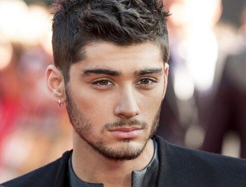 """Zayn Malik: """"Lascio gli One Direction e vado con l'ISIS, voglio continuare a far perdere la testa alle ragazze""""."""